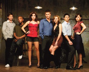 "Pictured (left to right): Lee Norris as Marvin 'Mouth' McFadden, Antwon Tanner as Skills, Sophia Bush as Brooke Davis, Chad Michael Murray as Lucas Scott, Hilarie Burton as Peyton Sawyer, James Lafferty as Nathan Scott and Bethany Joy Lenz as Haley James Scott in ""One Tree Hill."""